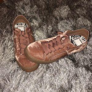 NWT Dolce Vita velvet rose sneakers (never worn)